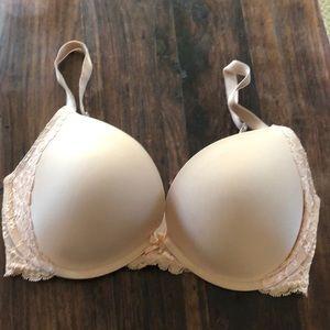 Victoria's secret 32DDD nude lace push up bra